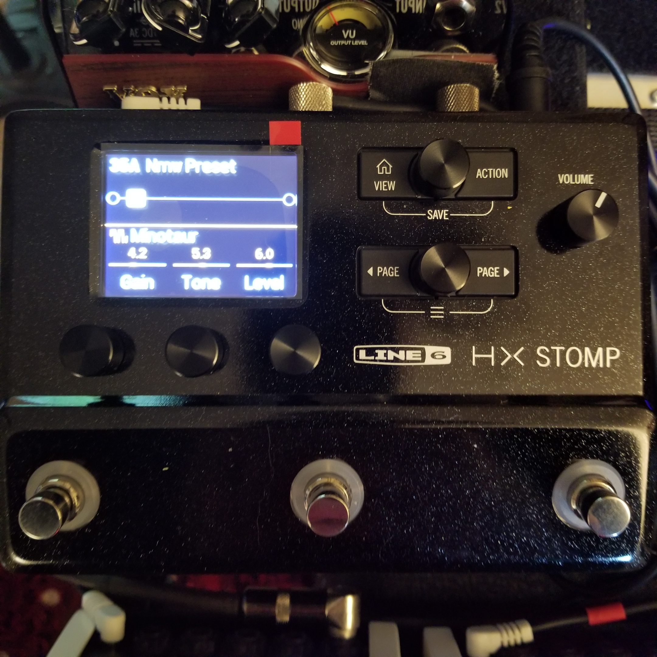 NEW Line 6 HX Stomp Multi Effects Processor for Guitar, Bass and Keys